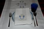 Tablerunner and napkin with embroidered rose in blue and silver