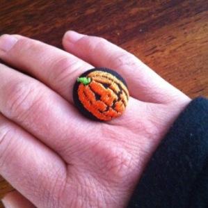 Halloween ring
